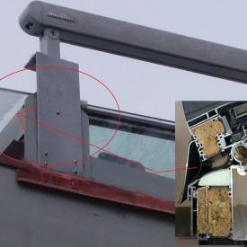 Horizontális és vertikális üvegfelületek hőhídmentes csatlakoztatása