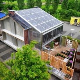 Régi építésű sorház felújítása hőszigetelés nélküli télikerttel